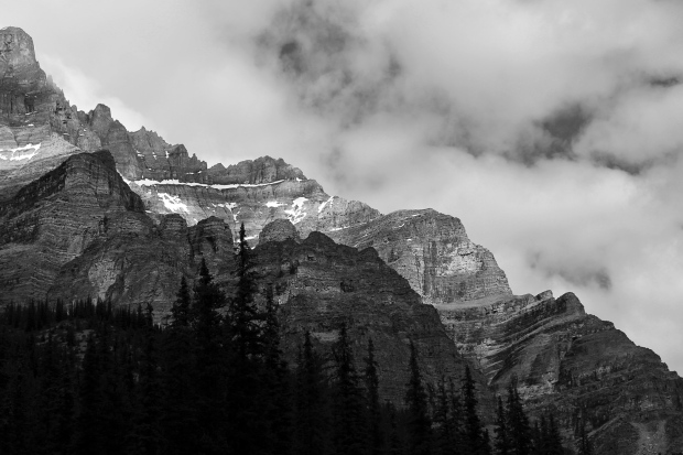 Sawtooth mountain range in Banff National Park
