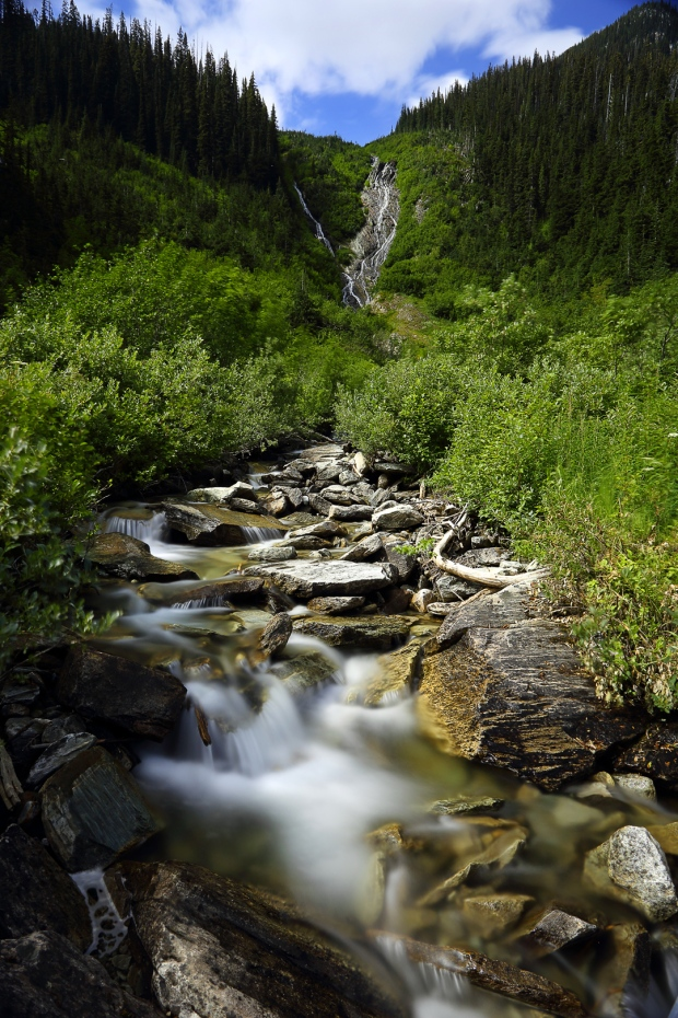 Waterfalls and streams on Balu pass trail