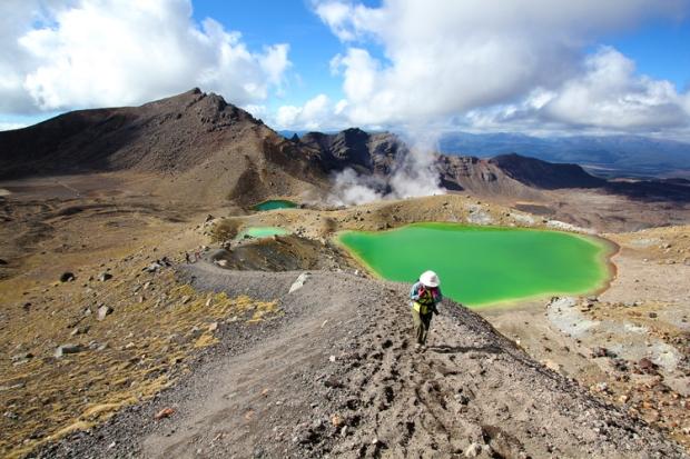 Sulfer lakes on Tongariro Alpine Crossing